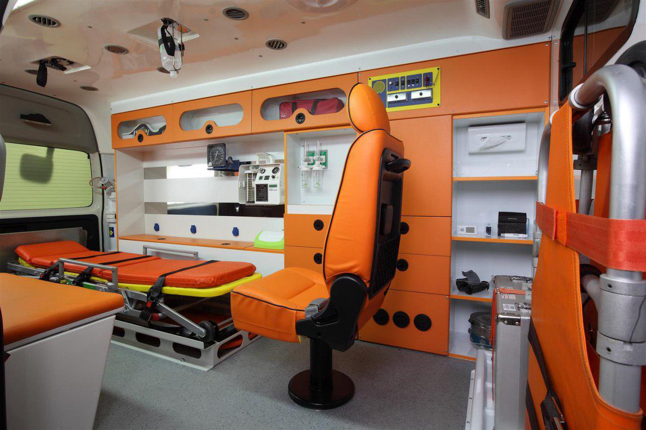 نمای داخلی از تجهیزات آمبولانس خصوصی بهبود اصفهان